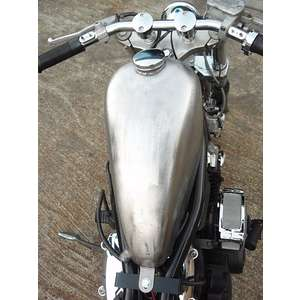 Parts Shop K&W Hakkede Sportster Tank