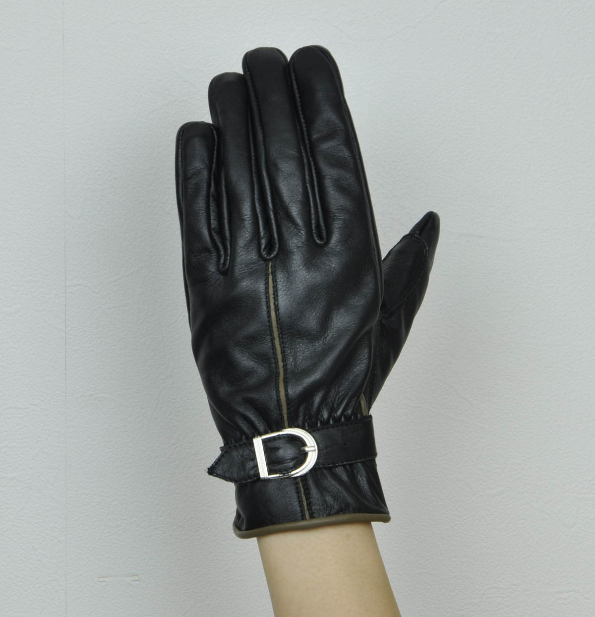 ROSSO Leather Slash Belted Gloves