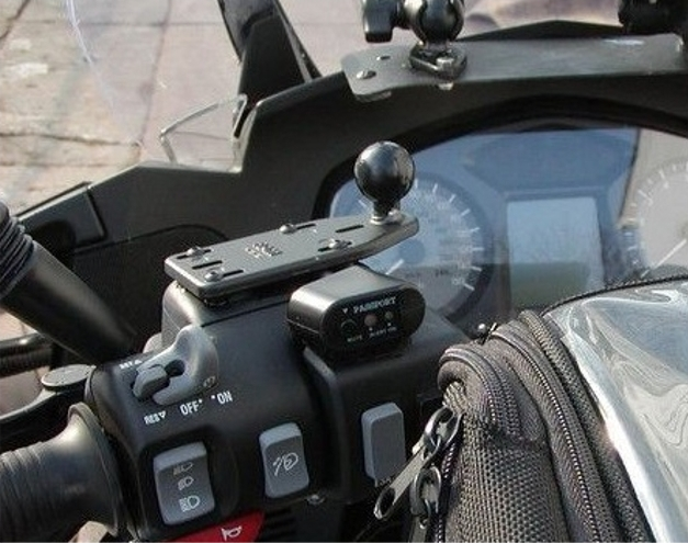 【RAM MOUNT】摩托車用油杯護套基座(側邊) RAM-B-346U - 「Webike-摩托百貨」