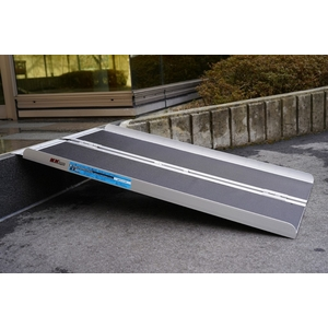 MINIMOTO Leveling Clearance Slope for Cart, wheelchair, motorcycle