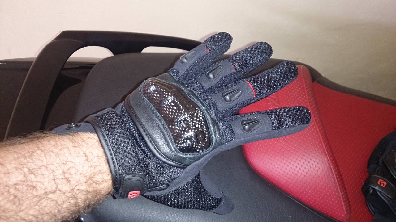 HBG-016 Carbon Mesh Gloves