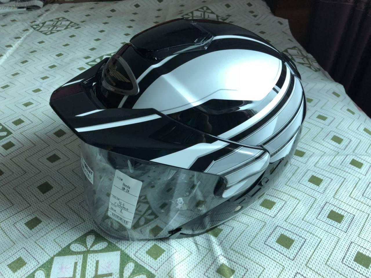 HONDA RIDING GEAR : GW2 Helmet [0SHGS-GW2A-KS]