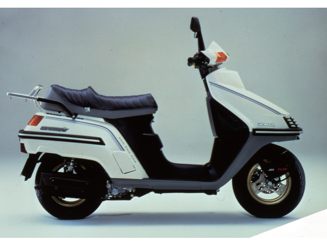 HONDA SPACY250